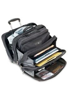 Wenger Business Trolley Patriot II offen